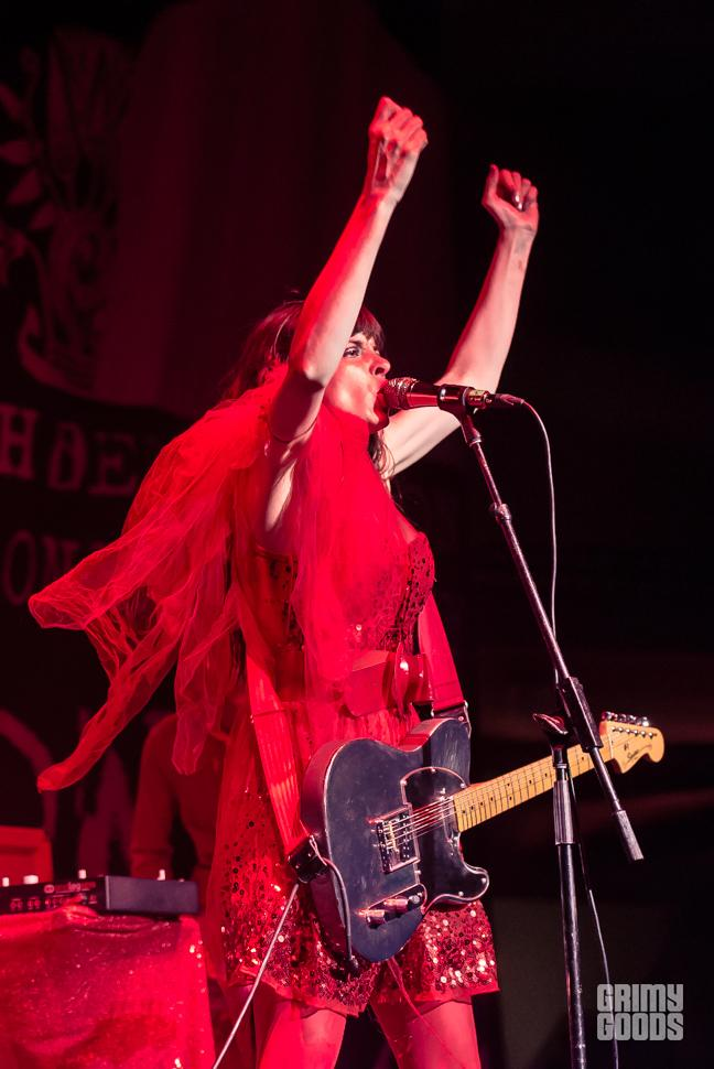at-the-drive-in-le-butcherettes-hollywood-palladium-6-1-16_bi5739