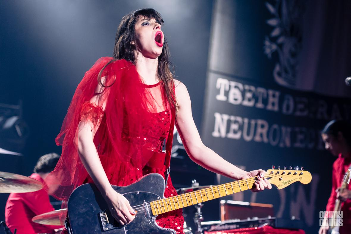 at-the-drive-in-le-butcherettes-hollywood-palladium-6-1-16_bi5776