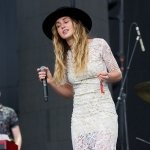 Zella-Day_02.jpg