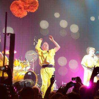Devo-photos-at-club-nokia-march 19-22