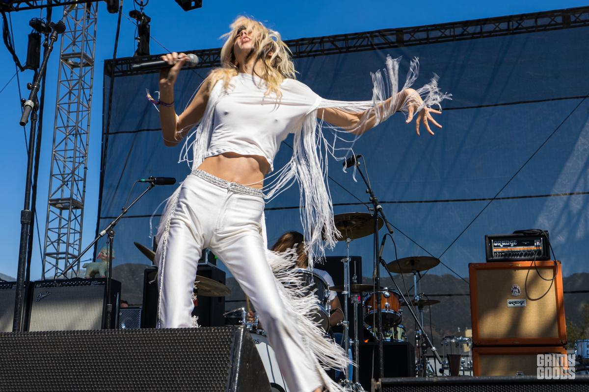 Starcrawler at Cal Jam -- Photo: ZB Images