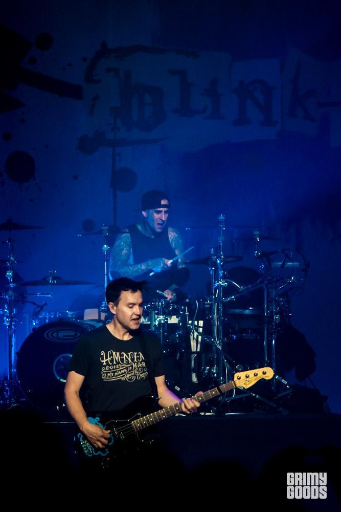Blink 182 photos 182