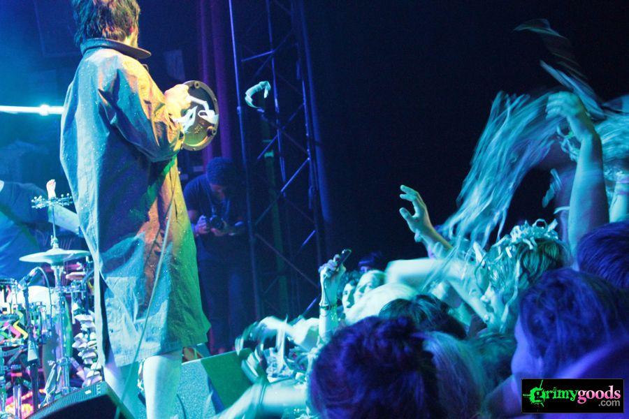 Man-Man-El-Rey-Theatre-Photos-Review-Los-Angeles13