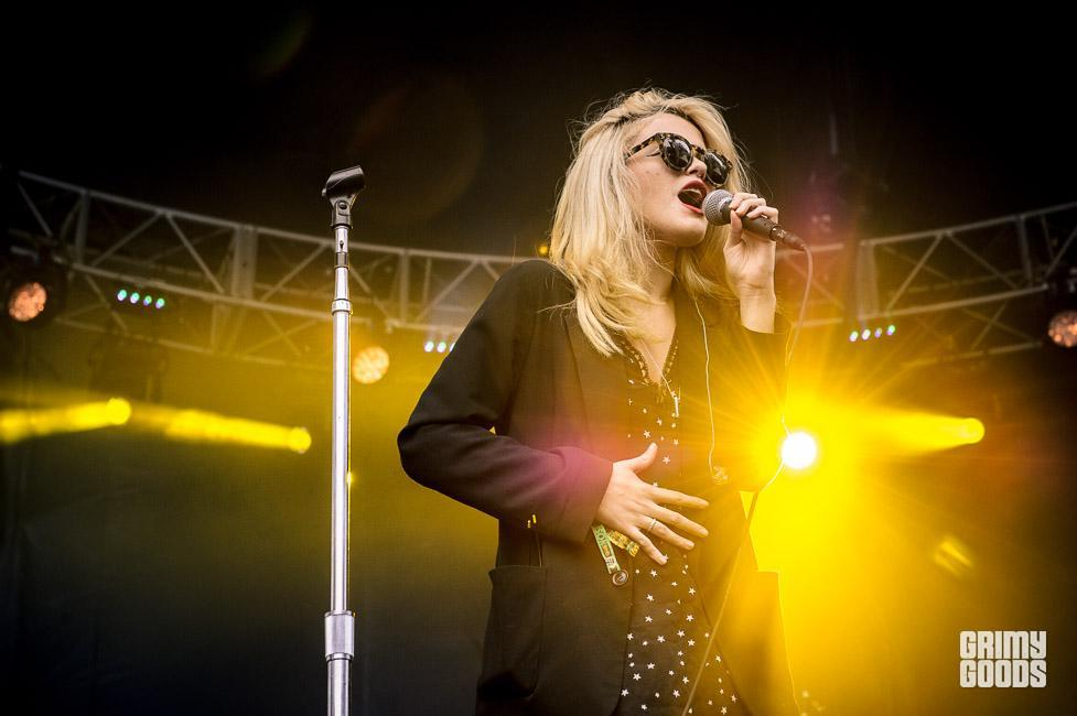 Sky Ferreira outside lands