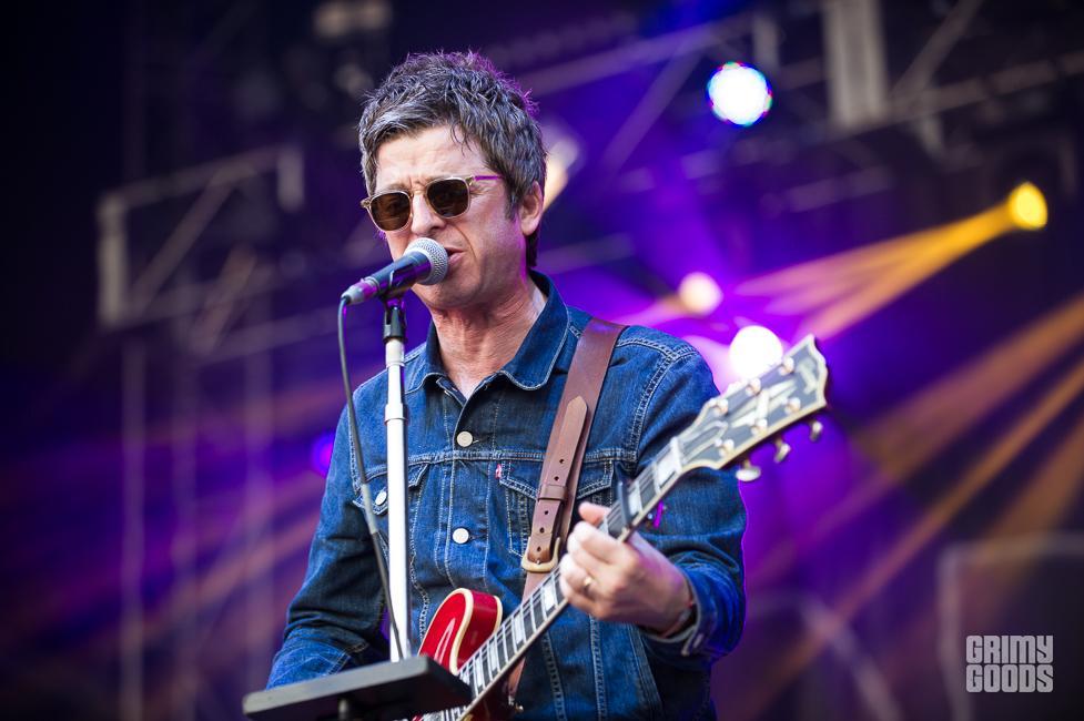 Noel Gallagher's High Flying Birds shaky knees fest 2015 photos