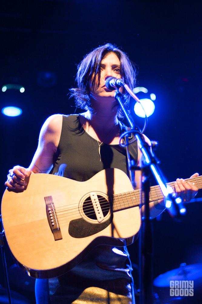 Sharon Van Etten live photos