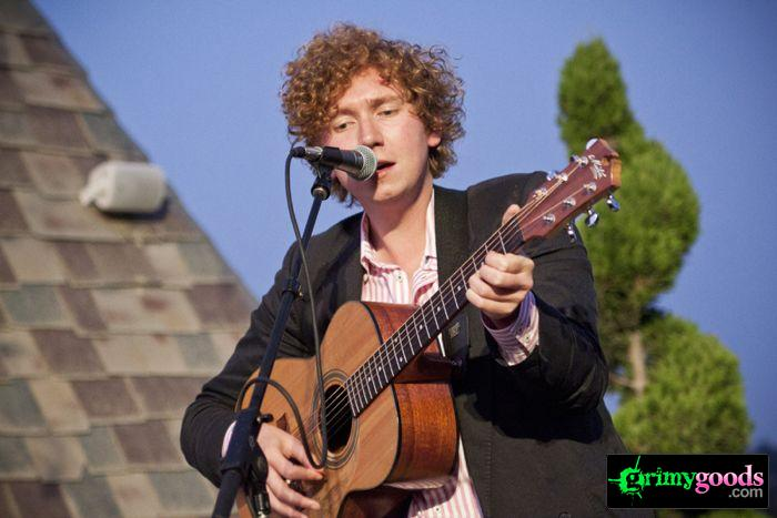 The Kooks at 98.7fm hollywood tower penthouse14