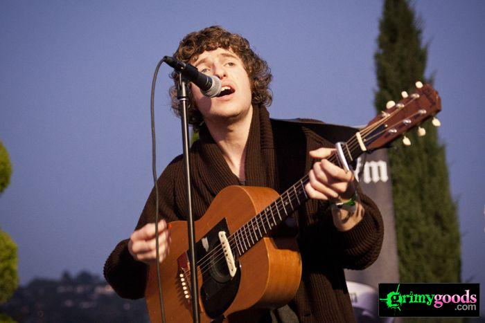 The Kooks at 98.7fm hollywood tower penthouse19