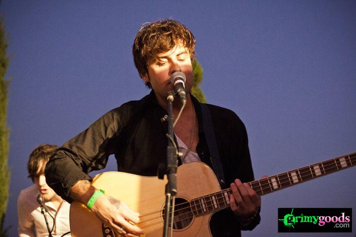The Kooks at 98.7fm hollywood tower penthouse25