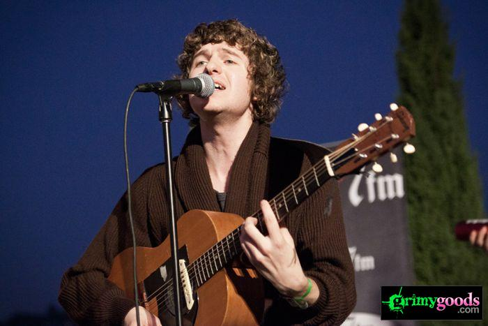The Kooks at 98.7fm hollywood tower penthouse26