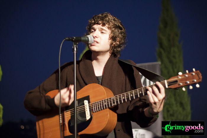 The Kooks at 98.7fm hollywood tower penthouse28