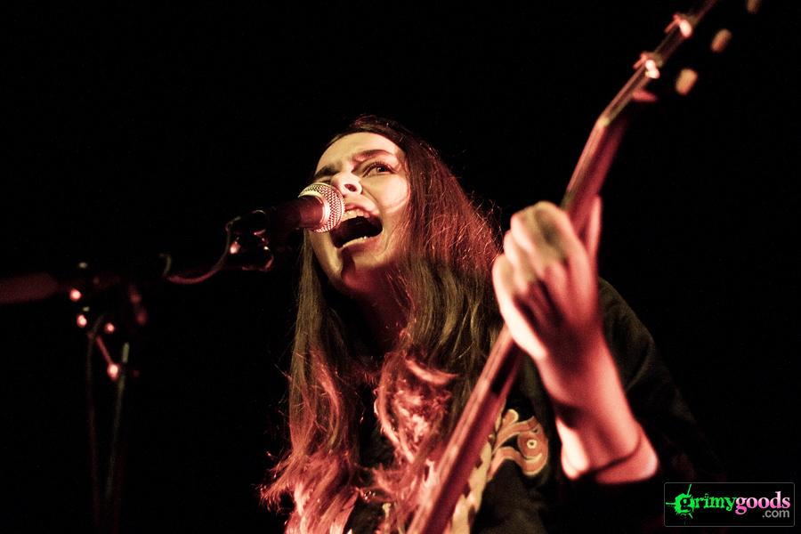 The XX with Haim at the Music Box  – Photos – July 23, 2012