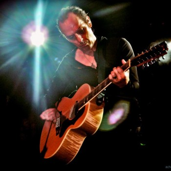 Peter Murphy live photo
