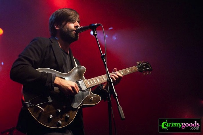 Shout Out Louds_05-20-10_057