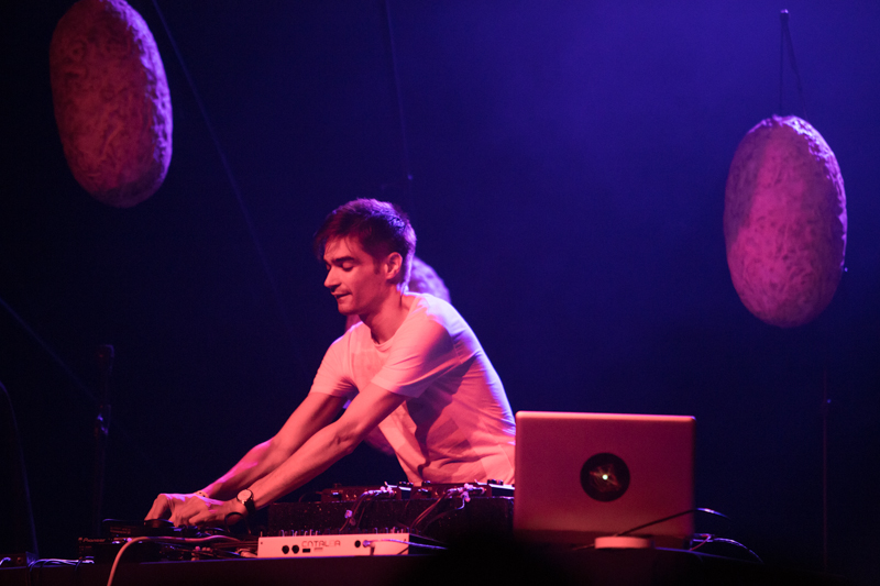 Jon Hopkins live photo