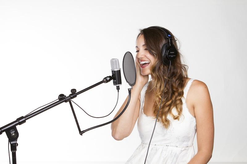 Apogee MiC96k_Singer