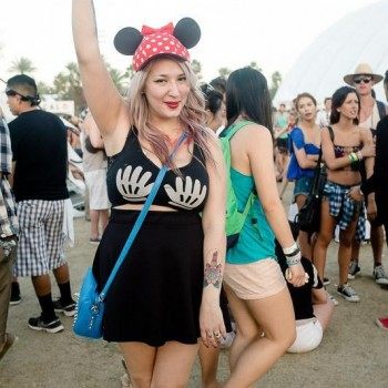 Coachella fashion photos mickey