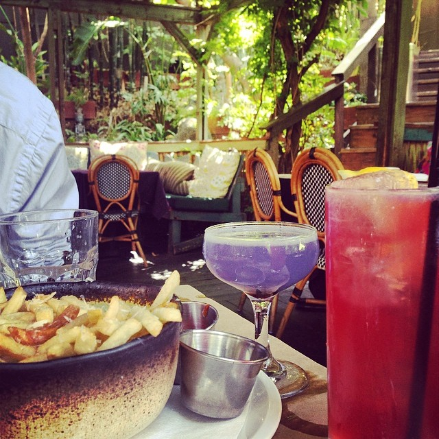 Outdoor brunch los angeles