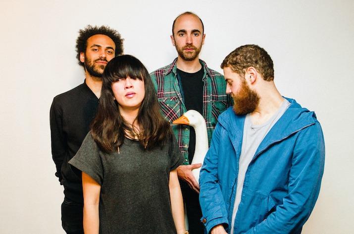 Yuck band photo