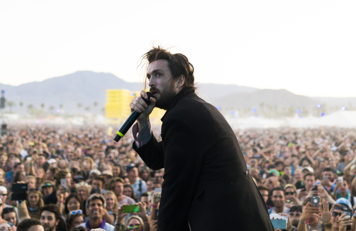 Edward Sharpe and the Magnetic Zeros at Coachella 2016 photos