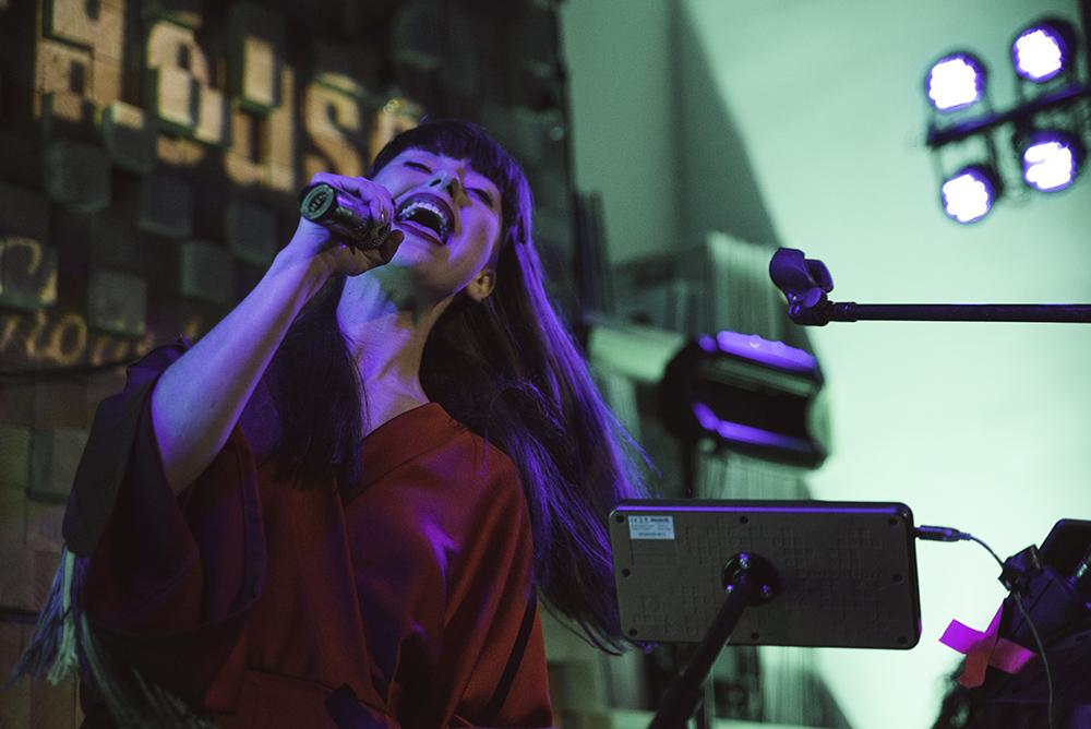 Kimbra / Molly DeWolf