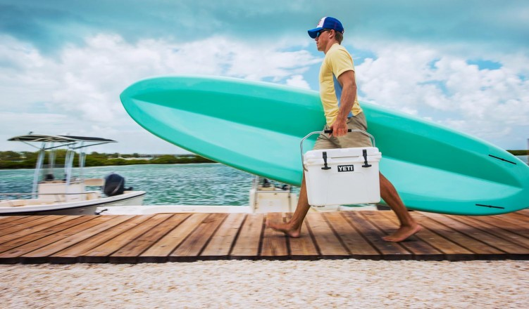 Yeti-Roadie-20 cooler father's day gifts