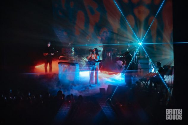 Weyes Blood at The Fonda - Photo by Kirby Gladstein